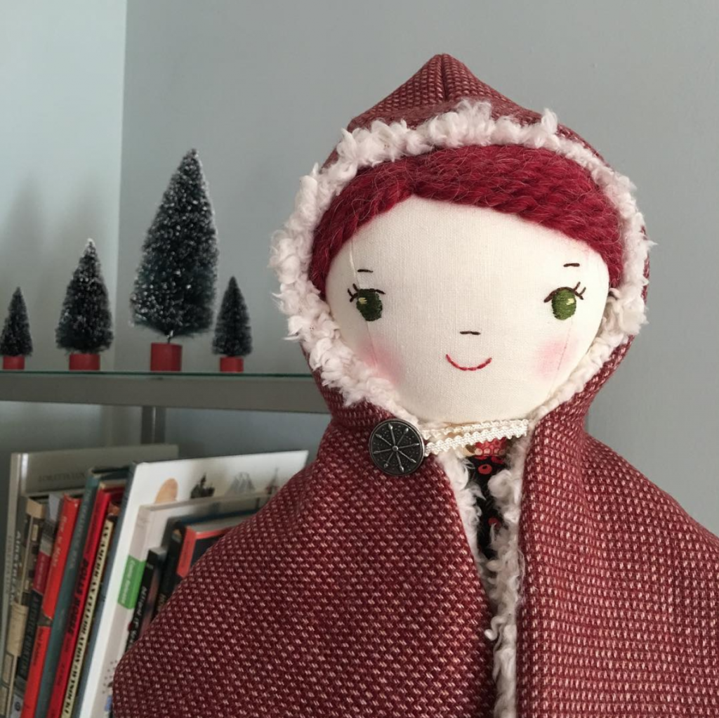 Free Doll Hooded cape sewing patter