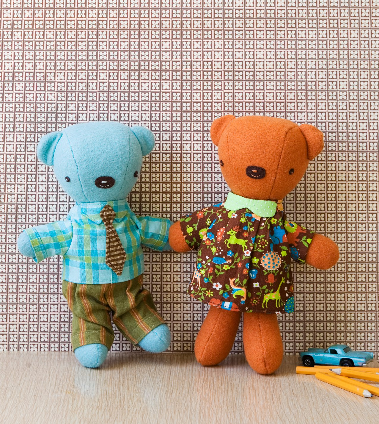 Wee Wonderfuls: 24 toys to sew and love