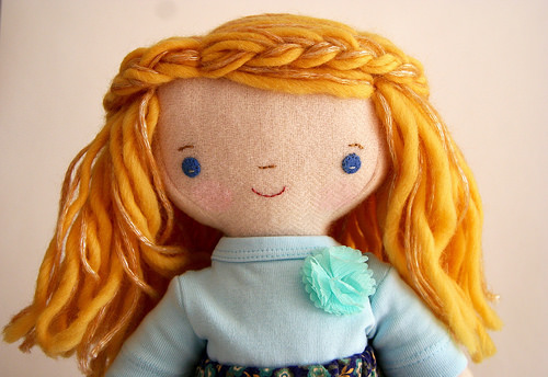 wavy haired Chloe