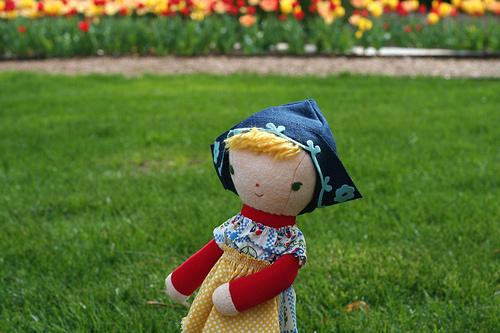 dutch girl doll